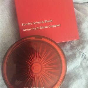 Clarins Bronzing and Blush Compact